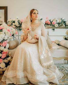 Pakistani Fancy Dresses, Desi Wedding Dresses, Beautiful Pakistani Dresses, Asian Bridal Dresses, Pakistani Fashion Party Wear, Indian Bridal Outfits, Pakistani Bridal Dresses, Pakistani Dress Design, Indian Dresses