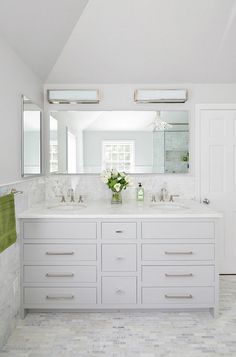 Grey Bathroom Vanity, Bathroom Vanity Designs, White Bathroom Cabinets, Bathroom Photos, Bathroom Floor Tiles, Small Bathroom, Bathroom Ideas, White Cabinets, Master Bathroom