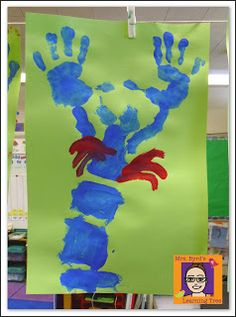 Mrs. Byrd's Learning Tree: Oceans of Fun!  Hand print lobsters and lots of other fun ocean ideas.