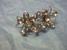 Vintage 1940s Rhinestone Floral Screw-back earrings