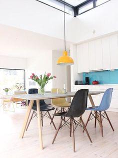 33 besten eames chair bilder auf pinterest in 2018 dekoration eames st hle und esstisch. Black Bedroom Furniture Sets. Home Design Ideas
