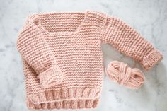 Easy and Cute Knitting for Kids New Year 2019 - Page 8 of 51 Knit Fashion, Sweater Fashion, Knitting For Kids, Baby Knitting, Ravelry Free Knitting Patterns, Baby Teddy Bear, Dere, Lion Brand Yarn, Jacket Pattern