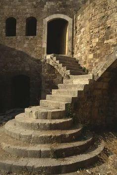 Stairs Architecture, Architecture Design, Victorian Architecture, Beautiful Buildings, Beautiful Places, Minecraft Houses, Minecraft Bedroom, Minecraft Memes, Minecraft Crafts