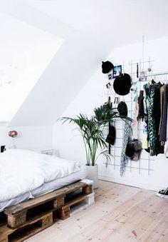 Oltre 25 fantastiche idee riguardo piccole camere da letto - Idee per camere da letto piccole ...