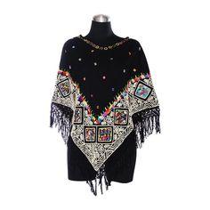 Capa Negra Bordado Tradicional | IAM