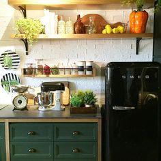 Um pouquinho do Loft no Campo ambiente da @paolaribeiroarqinteriores na Casa Cor SP.  O espaço ficou lindíssimo e muito acolhedor.  Quer ver um pouquinho mais deste Loft?! Passa lá no blog e inspire-se! http://ift.tt/1Upn72p:  hi.homeidea  #bloghomeidea #olioliteam #arquitetura #ambiente #casacorsp #archdesign #cozinha #kitchen #arquiteturadeinteriores #home #homedecor #style #homedesign #instadecor #interiordesign #designdecor #decordesign #decoracao #decoration #love #instagood…