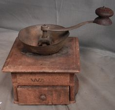 J Fisher Warrs Dovetailed Berks County Pennsylvania Coffee Grinder Early Mill   eBay