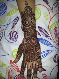 Get The Best Arabic Mehndi Design Images Photos, Gorgeous Mehndi Designs for special event or occasion. Arabic Bridal Mehndi Designs, Arabian Mehndi Design, Mehndi Designs Book, Khafif Mehndi Design, Indian Henna Designs, Mehndi Designs For Girls, Mehndi Designs For Beginners, Mehndi Designs 2018, Dulhan Mehndi Designs