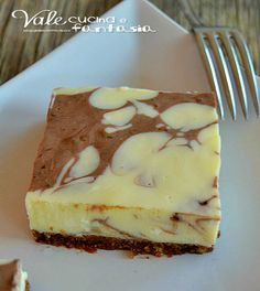 Cheesecake con crema pasticcera e cacao ricetta dolce buona freschissima e molto golosa ideale se abbiamo ospiti un dolcissimo dessert da servire dopo pasto