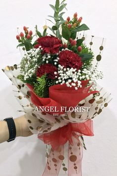 #HandBouquet #Carnation #康乃馨 #长形 #JohorBahru #Johor #JohorJaya #Florist #小天使花屋 #AngelFloristGiftCentre #新山花店 #花店 #新山 #柔佛 #Wechat #WhatsApp 010-6608200
