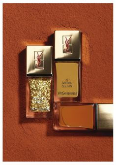Spicy Collection, unghie d'Oriente per Yves Saint Laurenthttp://www.thebeautypost.it/12222-spicy-collection-la-laque-coutur/  #ysl #yslbeauty #manicurecouture #manicure #nailart