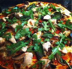 Nízkosacharidová pizza s kuřecím masem /Low-carb pizza with chicken/ Bezlepkový a nízkosacharidový zdravý recept /Gluten free and low carb healthy recipe/ Vegetable Pizza, Paleo, Health Fitness, Low Carb, Gluten, Vegetables, Recipes, Free, Quiche