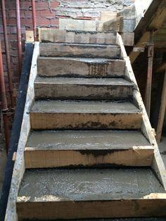 Frontal de encofrado de escalera