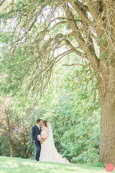 Stunning summer Chateau Le Jardin wedding in Vaughan. Wedding Photography Toronto, Photography 2017, Toronto Wedding, Stunning Summer, Church Ceremony, Summer Wedding, Wedding Photos, Romantic, Weddings