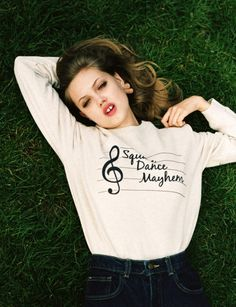 Photography: Angelo Penetta Model: Lindsey Wixson I can't get over how adorable these shots are. Lindsey Wixson, Little Girl Lost, Trend Fashion, Fashion Details, Model Test, Girl Inspiration, Fashion Pictures, Cool Kids, Fashion Photography