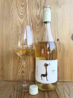 Dal Castello di Stefanago un vino da uve Bronner. leggi recensione al link Wine, Bottle, Flask, Jars