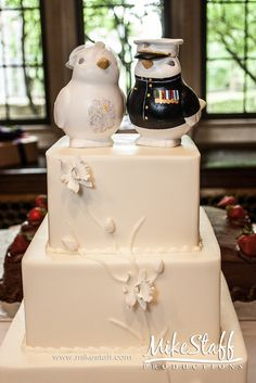 Love the bird cake toppers. Wedding Shower Cakes, Wedding Cakes With Cupcakes, Cake Wedding, Wedding Stuff, Dream Wedding, Wedding Ideas, Military Wedding Cakes, Military Cake, Military Weddings