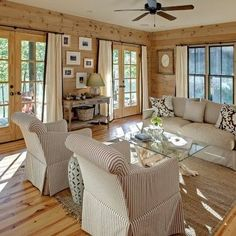 Luv this room, so comfy. For our NC mountain cabin....(one day...!)