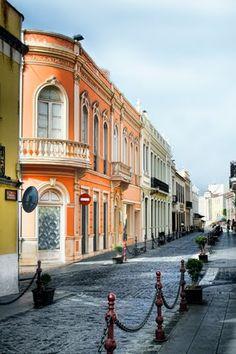"""TENERIFE: La Orotava. Un pueblo precioso, muy tranquilo... El pueblo de """"los balcones"""" / TENERIFE: La Orotava. A beautiful town..."""