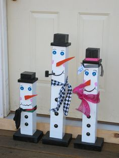 snowman-family-fence-post-snowman-by-tallahatchiedesigns_snowmen-frosty-more-images-christmas-on-easy-home-decorating-ideas-snowman-pics-photos-cr – Vintage Decor Christmas Arts And Crafts, Rustic Christmas, Holiday Crafts, Christmas Diy, Snow Crafts, Holiday Decor, Decoration Palette, Decoration Photo, Snowman Decorations