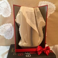 Book folding pattern for Jenni the Cat FREE by BookFoldingForever