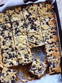 Helppo mustikka-murupiirakka - Suklaapossu Finnish Recipes, Dc Fix, Sweet Pastries, Sweet Pie, Recipes From Heaven, Mellow Yellow, Coffee Recipes, No Bake Desserts, Let Them Eat Cake