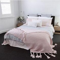 Gorgeous styling by our friend Melbourne based interior stylist @justine_ash | #bedding #bedroomdecor #bedroom #bedroominspo #bedroominspiration #bedroomideas #bedlinen #scandinavian #scandi #scandihome #scandiinspo #luxuryhome #homedecor #bedroomdesign #bedrooms #bedroominspo #bedroomstyle #bedroomstyling
