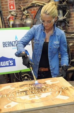 Rehab Addict's Nicole Curtis and Hackers Agree : Open Hardware Rules
