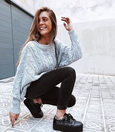 Cute First Day of School Outfit Ideas Uni Outfits, Casual Winter Outfits, College Outfits, Trendy Outfits, Fall Outfits, Summer Outfits, Fashion Outfits, Moda Fashion, Photo Instagram