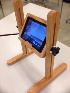 A simple yet elegant stop motion frame for holding an iPad mini.