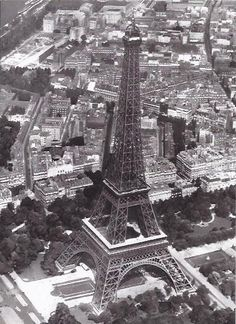 I chose this picture of the Eiffel Tour to go on my future board as in 10 years I want to go and travel around Europe. When I go to Europe I want to visit Paris, Amsterdam, Switzerland and Holland in particular.