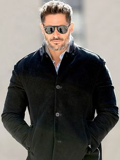 Hunky dude Joe Manganiello made a shady statement in chic vintage-inspired sunnies with a quintessential keyhole bridge!