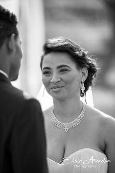 Bride Diamond Earrings, Bride, Photography, Wedding, Jewelry, Fashion, Wedding Bride, Valentines Day Weddings, Moda