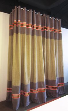 Kimik No.126 Verhuis Linnen - kimik | design | gordijnen | interieur ontwerp | textiel | curtains