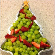 Christmas fruit platter, Grape Christmas Tree