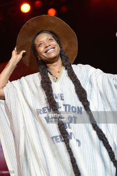 Erykah Badu performs at Ntelos Wireless Pavilion on August 9, 2015 in Portsmouth, Virginia.
