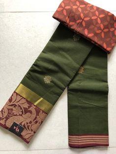 Vintage Flower Girls, Sarees For Girls, Indian Silk Sarees, Sari Dress, Sexy Blouse, Ethnic Print, Dark Navy Blue, Saree Blouse Designs, Saree Collection