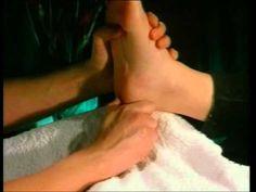 Réflexologie : Initiation - Cours COMPLET Pour la reflexologie, déjà connue des civilisations Inca, Egyptienne et Chinoise, les pieds sont un miroir fidèle d...