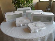 Caixas especiais produzidas por Mônica Guedes