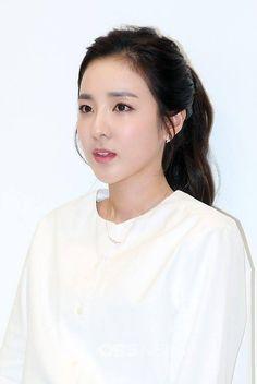 at Uniqlo x Lamaire event - 7 - (love this pic the most! Sandara 2ne1, Sandara Park, Korean Beauty, Asian Beauty, 2ne1 Dara, Akdong Musician, Park Shin Hye, Kpop, Korean Actresses