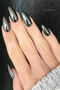 The Best Chrome Nail Ideas to Copy Amazing almond black chrome nails! The Best Chrome Nail Ideas to Copy Amazing almond black chrome nails! Black Chrome Nails, Chrome Mirror Nails, Black Stiletto Nails, Matte Nails, My Nails, Gold Chrome, Gradient Nails, Acrylic Nails, Coffin Nails