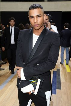 Ah la France; home of champagne haute couture and some of the sexiest men out there. See all the fine Frenchies now. Olivier Rousteing, French Man, Fashion Catalogue, Suit Fashion, Gentleman Style, Pretty People, Pretty Guys, Well Dressed, Male Models