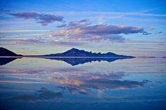 Original Photography on Aluminium Moutain and Lake Thomas Lhoest #Art #Photography #Aluminium #Blue #Moutain #Landscape #Nature #Water #Lake #America #Binnovart #ForSale
