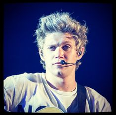 Niall Horan on Being Away From Family: I Guess They Miss Us | Cambio
