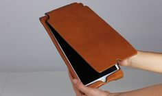 Orbino iPad case for iPad Air 2 in pecan tuscan leather. https://www.orbino.com/store/index.php?%24sid&cPath=2