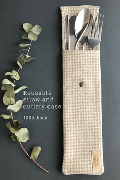 Natural linen straw case for stainless steel straws, cutlery and toothbrush. Handmade reusable straw pouch for travelling. Green Living Tips, Stainless Steel Straws, Produce Bags, Eco Friendly House, Dollar Store Crafts, Cutlery Set, Zero Waste, Vegan Leather, Handmade