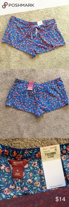 Flower Shorts Cute floral shorts. You can dress these up or down. And these are super comfy and NWT Arizona Jean Company Shorts Skorts