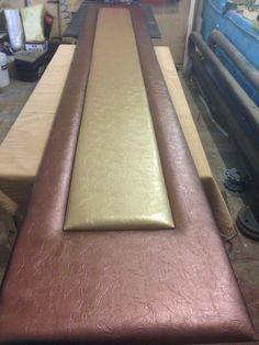 Многоуровневая кожаная панель. Длина 3,5 метра