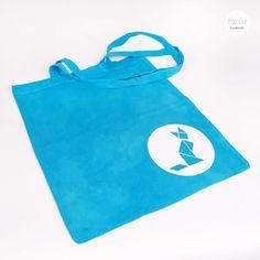 Batikbeutel Baumwolle, Farbe türkis, Plotterdruck Katze/Fuchs Abmessungen: ca. 33 x 37 cm Preis: € 10,- Jetzt bestellen: http://www.popcut.at/diy/webshop/