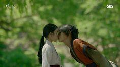 Prince Wang So and Hae Soo romance ♥ Scarlet Heart Ryeo